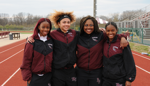 Girls-Track-Seniors