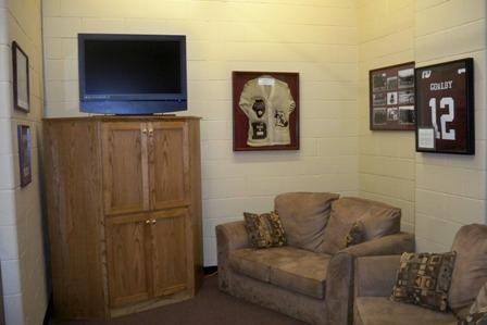 Maroon Room