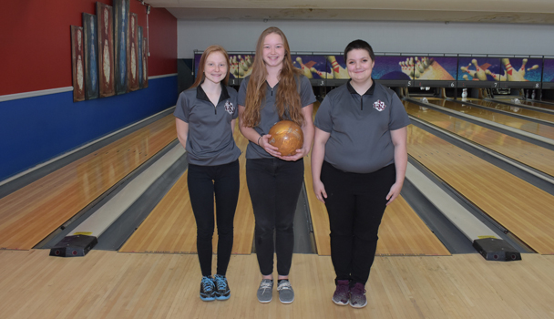 Girls Bowling Seniors